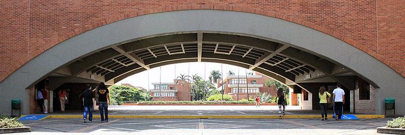 Cali, Colombia - Pontificia Universidad Javeriana