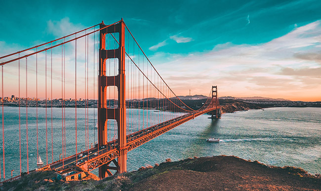 Wide shot of the Golden Gate Bridge, San Francisco